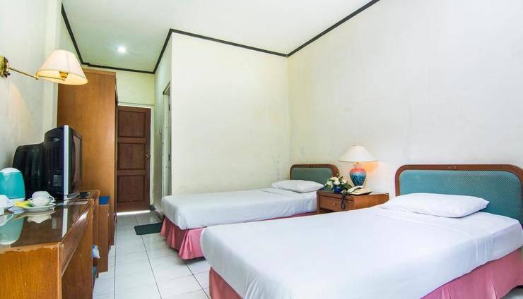 The Bandungan Hotel Semarang - ROOM STANDAR