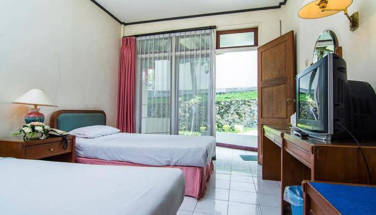 The Bandungan Hotel Semarang - KAMAR STANDAR