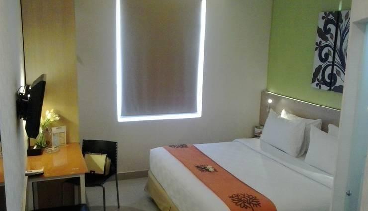 Avira Hotel Makassar - Deluxe Tempat Tidur Double
