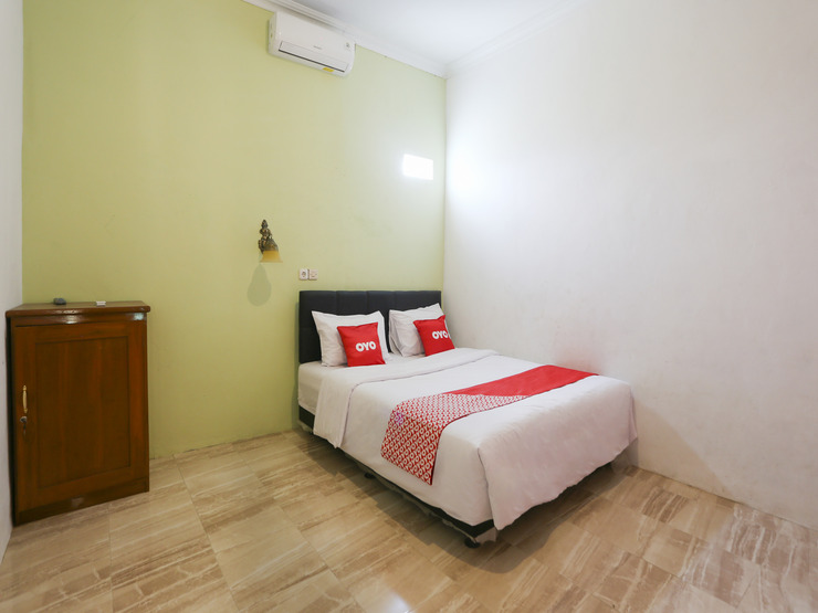 OYO 3355 Homestay Syariah Asyuban Magelang - Bedroom