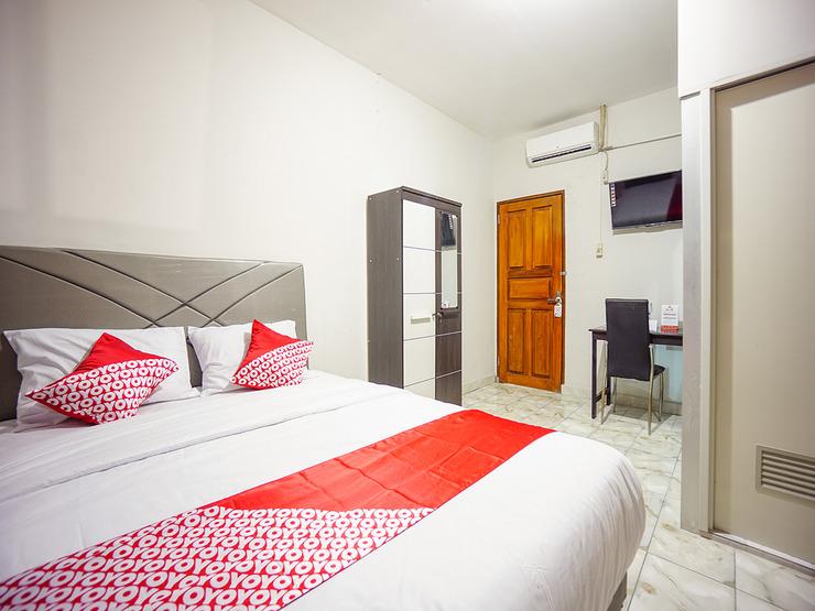 OYO 1545 Bs Residence Manado - Bedroom SU D