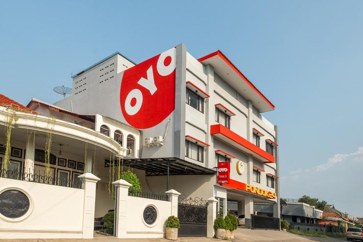 OYO 808 Pondok 24 Cirebon - Facade