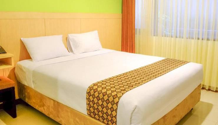 ZenRooms Marjuk Kebon Kawung - Tempat Tidur Double