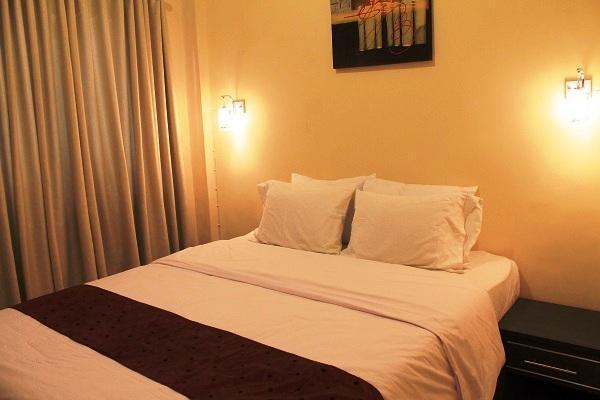 Rabasta Beach Resort Kuta - Kamar tidur