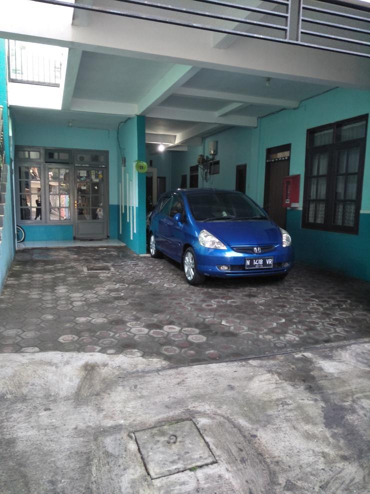 Villa Sony Malang - Exterior