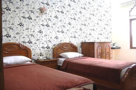 Hotel Lingga Bandung - Rose Twin