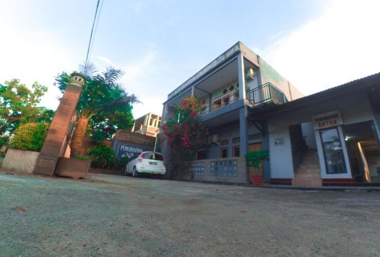 Penginapan ARTHA Syariah  Lombok - Exterior