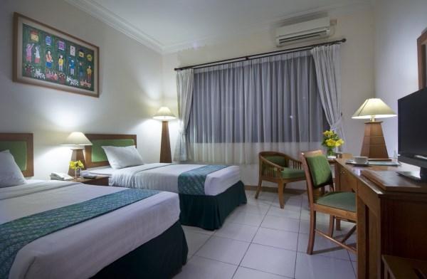 Griya Sentana Hotel Yogyakarta - Kamar Superior dengan tempat tidur twin, LED tv kabel, wifi gratis, kopi