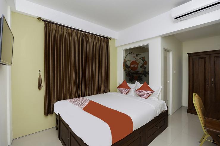 OYO 781 Erga Family Residence Syariah Surabaya - Bedroom