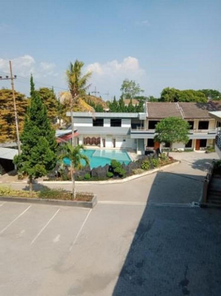 Nirwana Hotel & Convention Malang - Facade