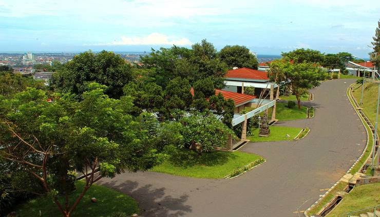 Patra Jasa Semarang Convention Hotel Semarang - Pemandangan Villa