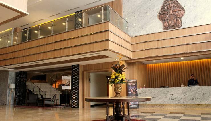 Patra Jasa Semarang Convention Hotel Semarang - Penerimaan di area Lobi