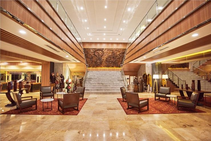 Patra Semarang Hotel & Convention Semarang - Lobi Utama