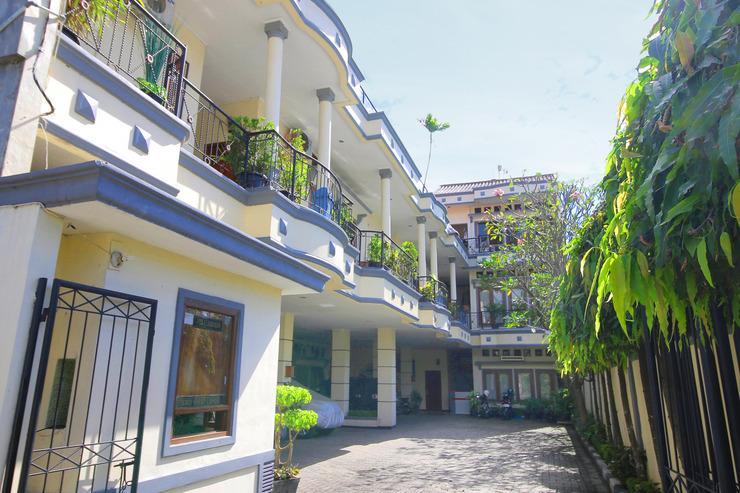 Kemang Place Syariah Jakarta - Exterior