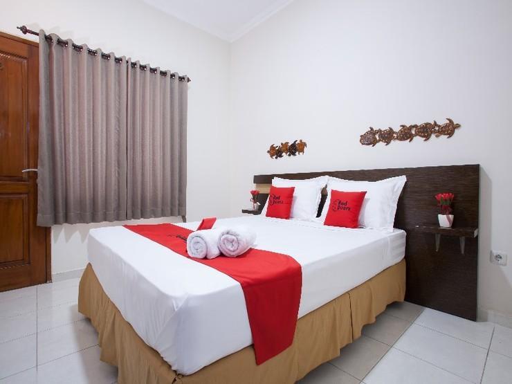 RedDoorz near Tugu Pahlawan Surabaya Surabaya - Guestroom