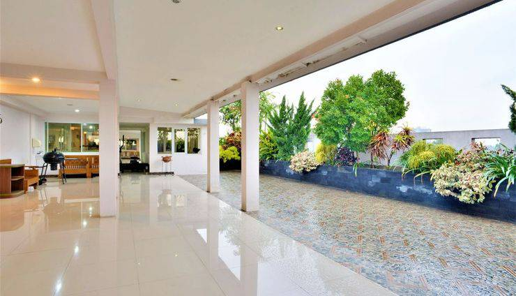 ZEN Rooms Kasira Bintaro Sektor 7 South Tangerang - Appearance 1