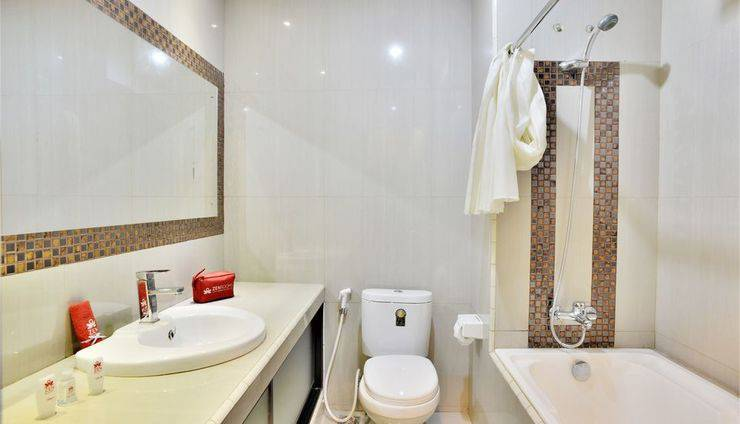 ZEN Rooms Kasira Bintaro Sektor 7 South Tangerang - Bathroom 2