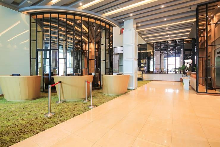 Sparks Hotel Mangga Besar Jakarta - Featured Image