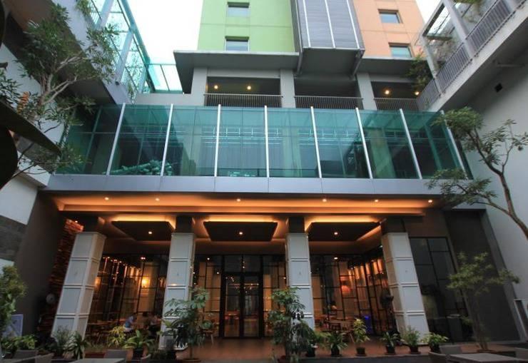 Sparks Hotel Mangga Besar Jakarta - Hotel Building