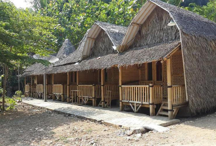 Bamboo Lengkung Cottage Jogja - Facade