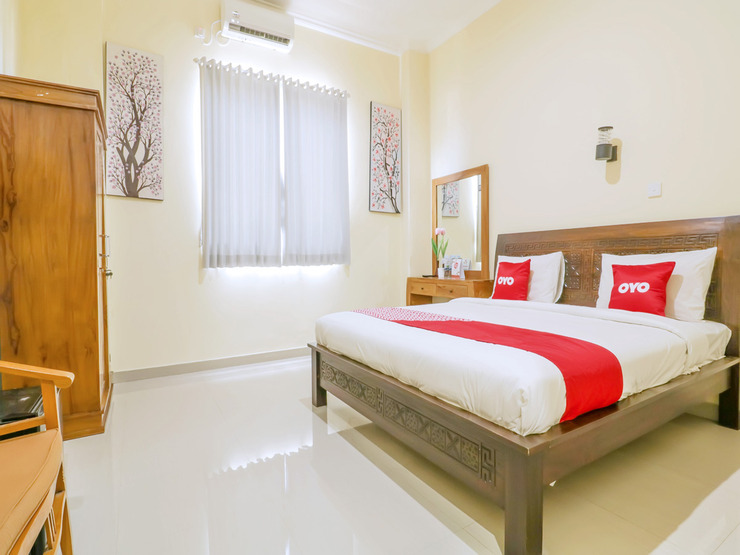 OYO 1684 Marina Suite Apartment Bali Bali - Deluxe Double Bedroom
