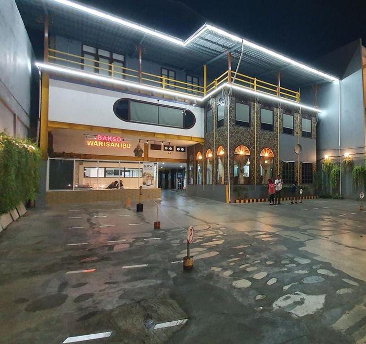 Hotel Olympic Semarang Semarang - Facade