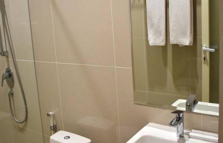 MOSCHA Hotel Gubeng Surabaya Surabaya - Kamar mandi