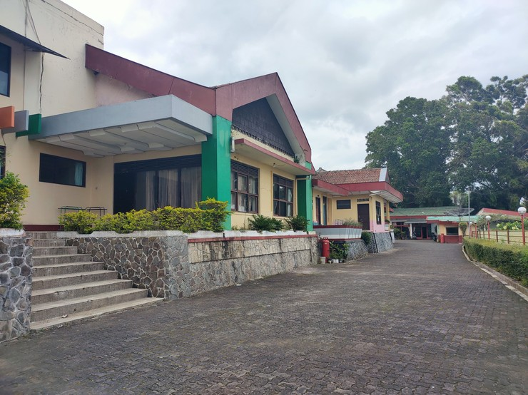 Hotel Wina Wisata Semarang - Exterior