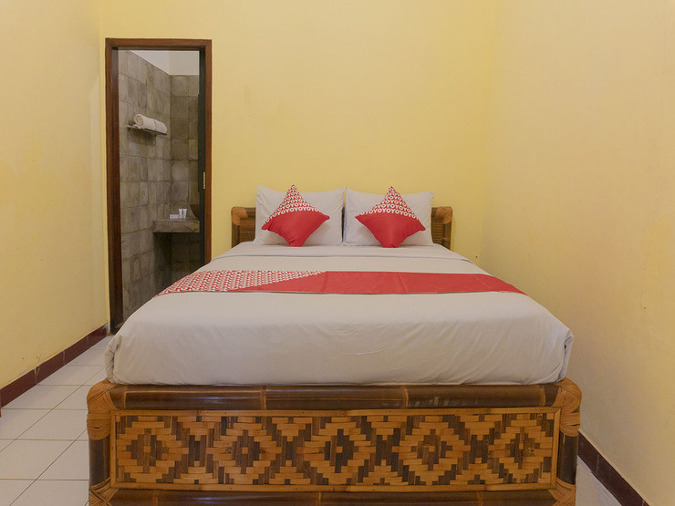 OYO 1449 Cahaya Guest House Pangandaran - Guestroom