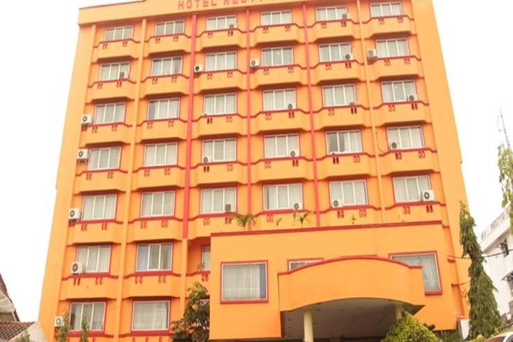 Hotel Resty Menara Pekanbaru - Tampilan Luar Hotel