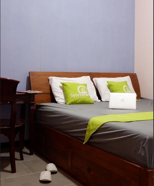 Griya Joglo Homestay Syariah Malang - Bedroom