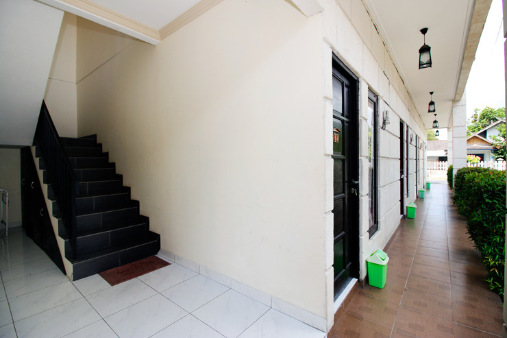 Airy Jekan Raya Pangrango 72 Palangkaraya Palangka Raya - Interior Detail