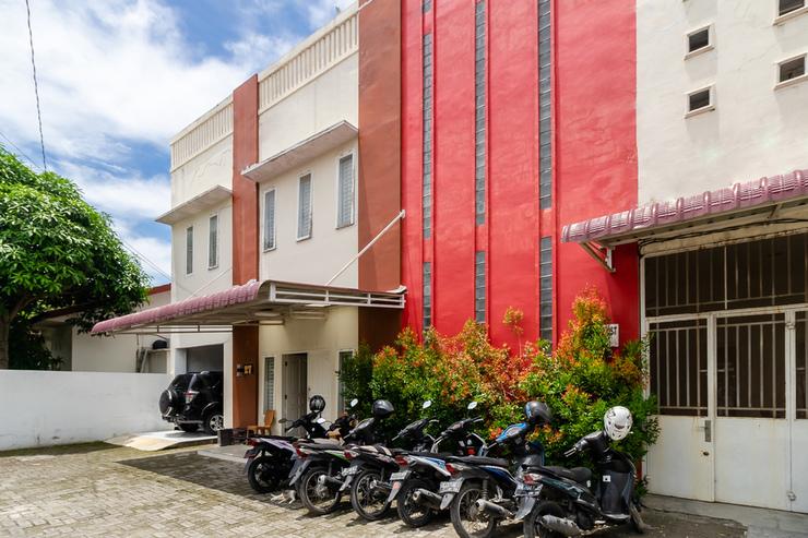 RedDoorz Syariah near Universitas Panca Budi Medan Medan - Photo