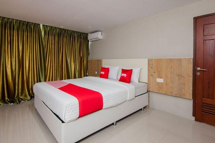OYO 1677 Gapura Hotel Danau Toba - Deluxe Double