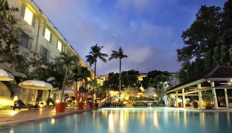Hotel New Saphir Yogyakarta - Kolam renang