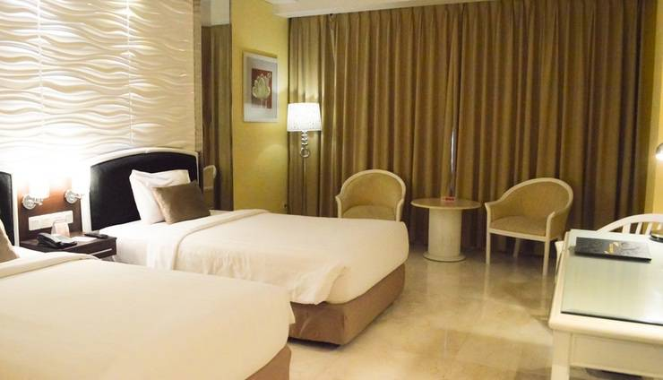 Hotel New Saphir Yogyakarta - Superior Room with twin bed