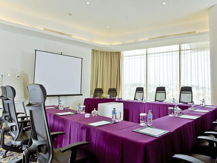 Sensa Hotel  Bandung - Meeting Room