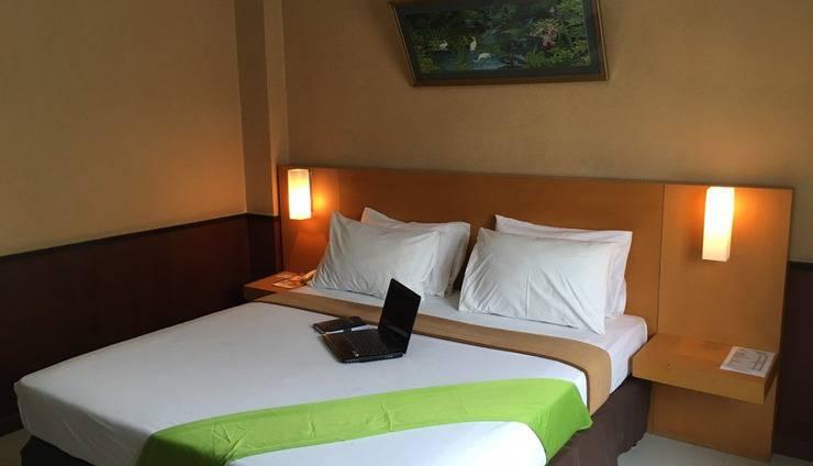 Violand Garden Hotel Samarinda - Kamar Deluxe