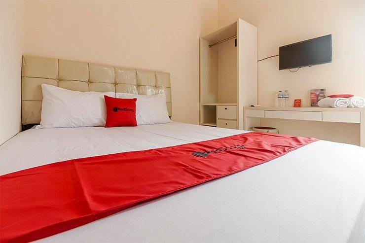 RedDoorz near Sriwijaya University Palembang 2 Palembang - Guestroom