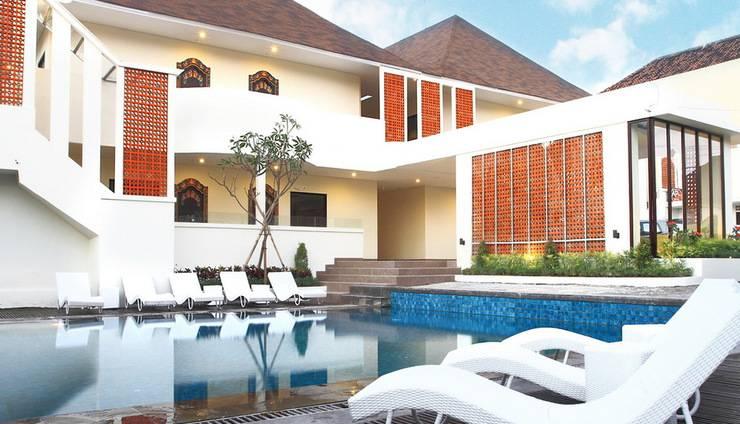 Asana Agung Putra Bali - Kolam Renang dengan situasi relaxtation