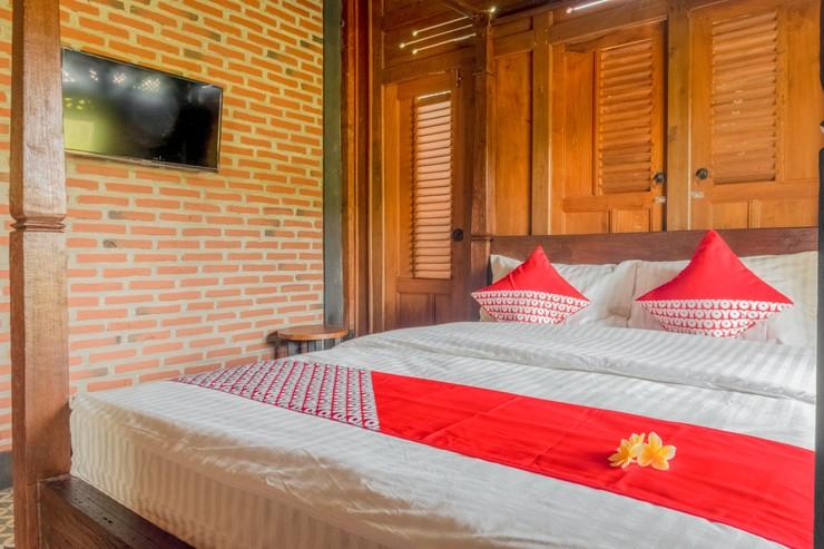 OYO 593 Kalaras Hotel & Cottage Pangandaran - Bedroom