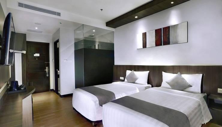 NEO Dipatiukur Bandung - Superior Room