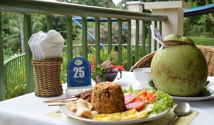 Hotel Deli River  Medan - Nasi goreng spesial Omlandia