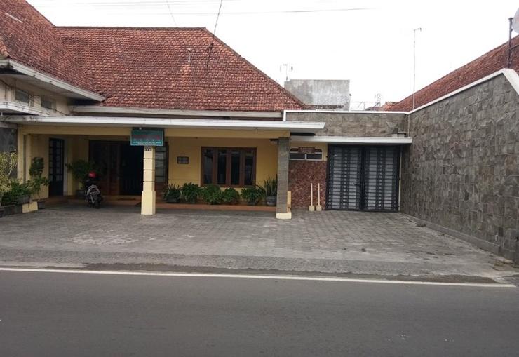 Prayogo Lama Guest House Yogyakarta - Exterior