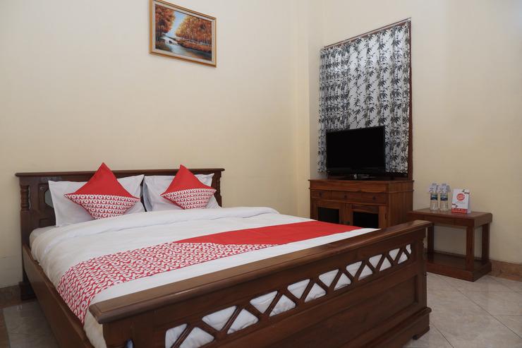 OYO 405 Wisma Yosoputro Yogyakarta - Bedroom