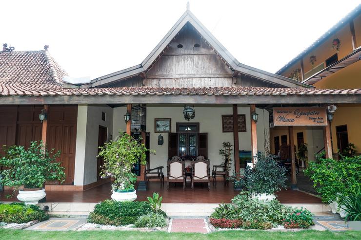 OYO 405 Wisma Yosoputro Yogyakarta - Facade