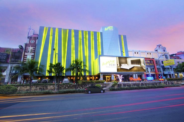 Whiz Prime Kelapa Gading - Featured Image