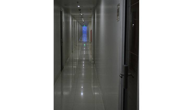 Win Grand Hotel Bekasi - Corridor