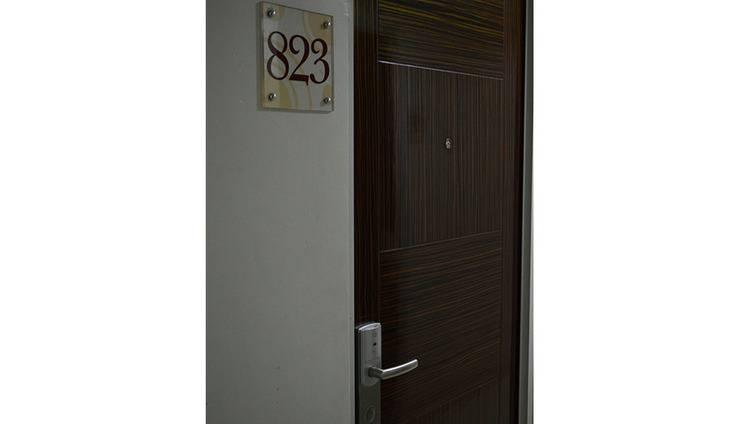 Win Grand Hotel Bekasi - Door