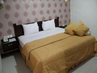 Grand Star Hotel Parepare - Kamar Deluxe Family